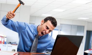 Ноутбук или компьютер сильно тормозит, зависает, медленно работает.